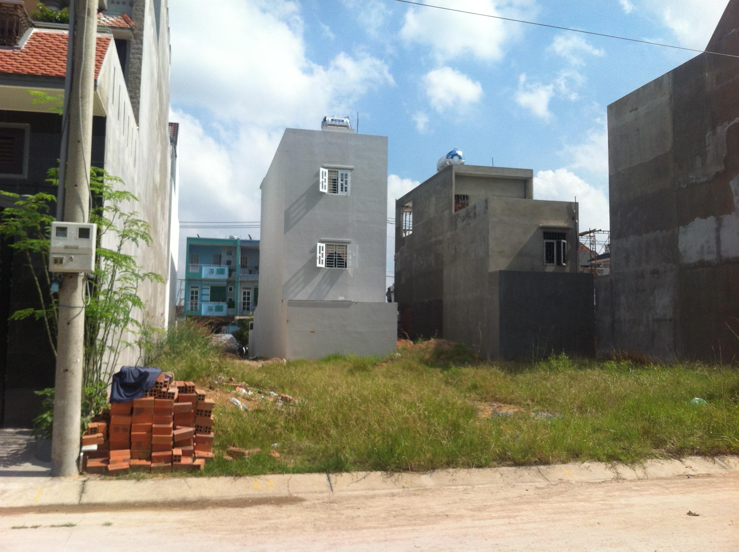 Thủ tục mua nhà không đủ chuẩn tách thửa
